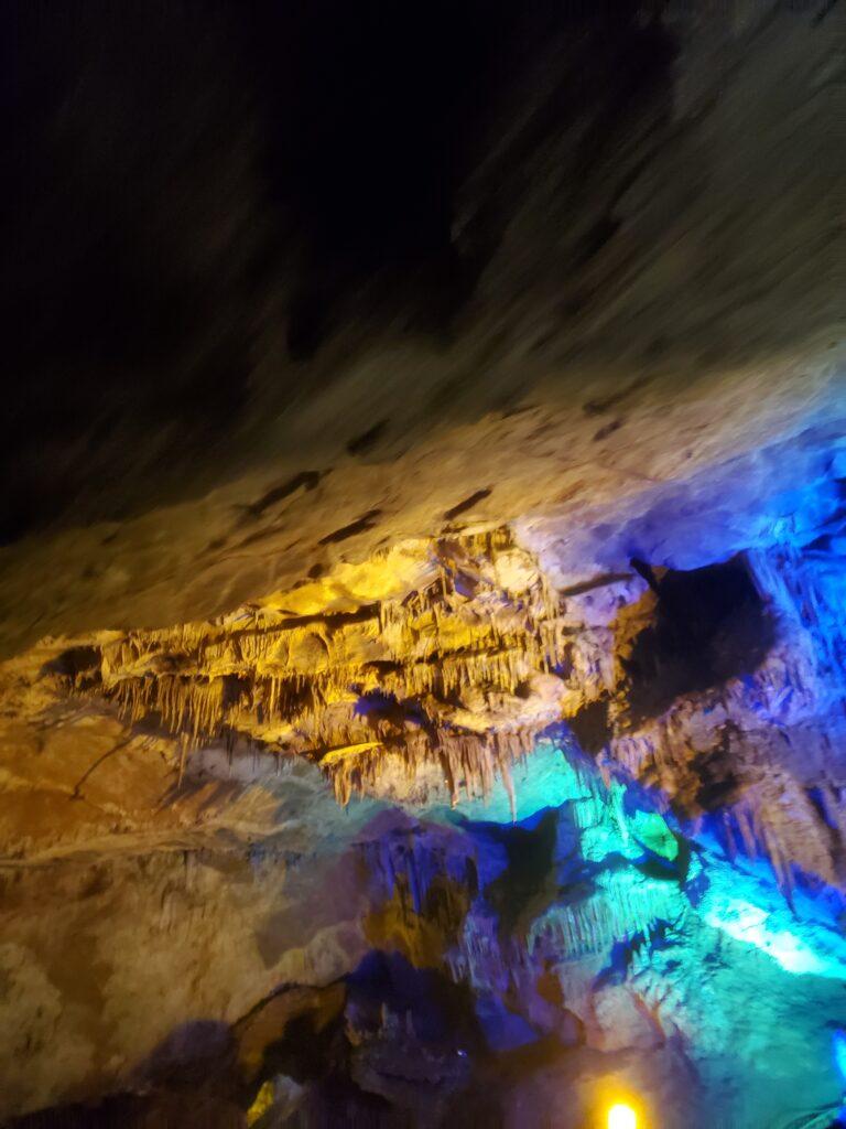 本渓水洞の船から見た景色