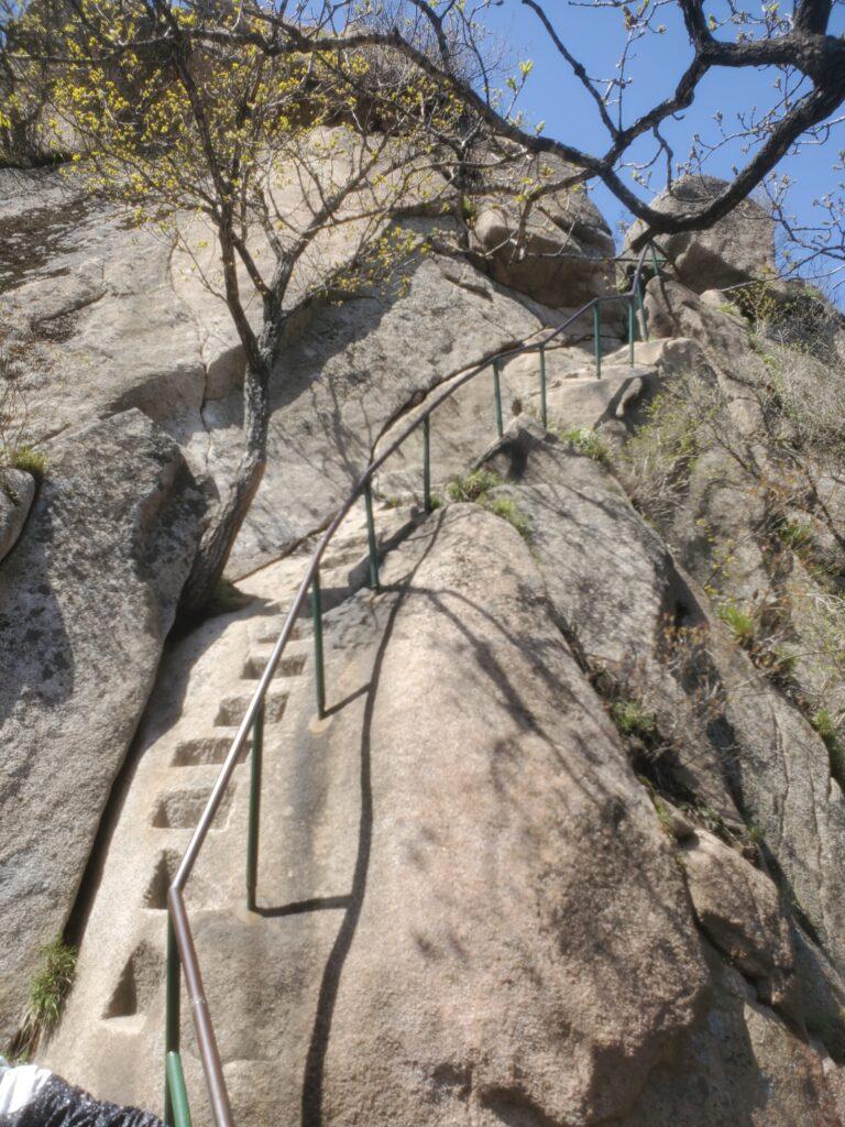 鳳凰山の登山道