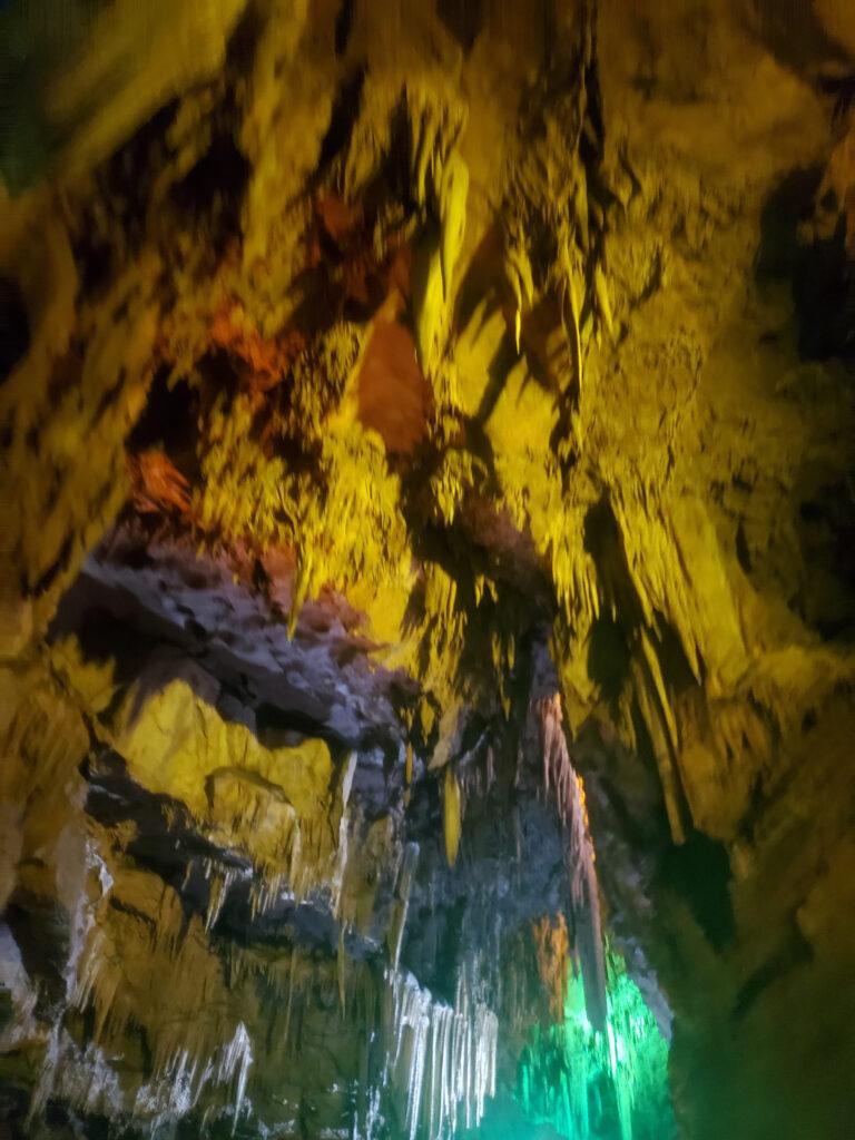 本渓水洞の天井